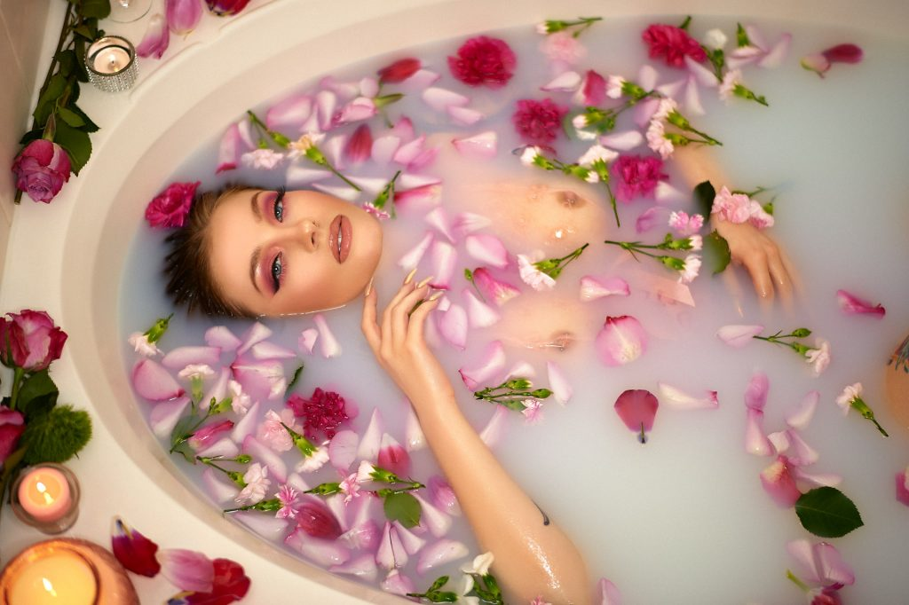 Valentines Day Bathtub and Flower Petals Boudoir Photography